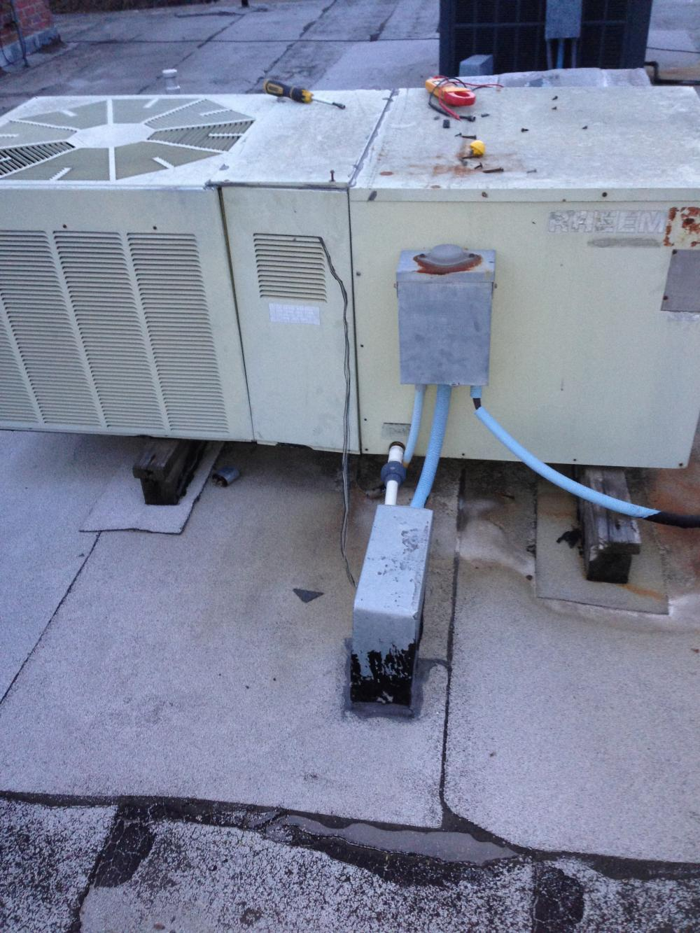 Old Rheem package unit - need model number on